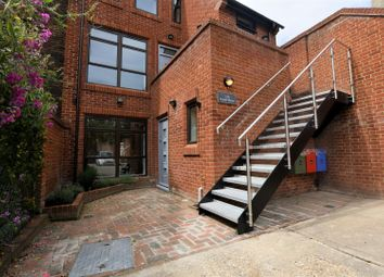 2 bed maisonette for sale in St. Giles Close, Reading RG1