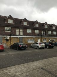 St. Dunstans Close, Hayes UB3. 2 bed maisonette
