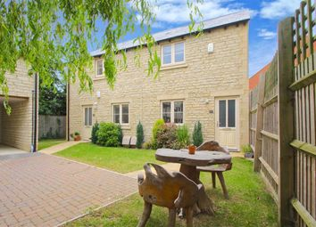 Thumbnail 1 bed flat for sale in Shipton Road, Woodstock