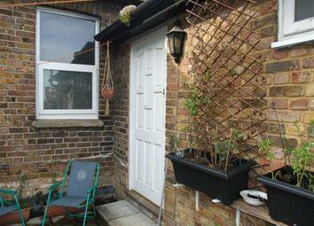 Thumbnail 1 bedroom flat to rent in Queen Street, Maidenhead, Berkshire