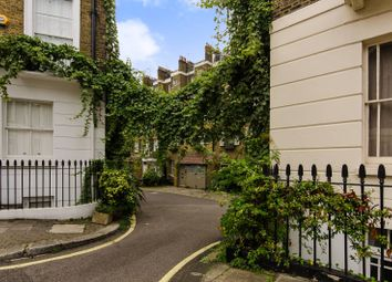 Thumbnail 2 bed property to rent in Warwick Square Mews, Pimlico