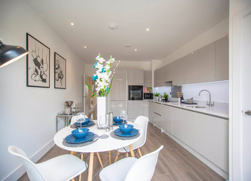 Thumbnail 4 bed town house for sale in Hermitage Road, London