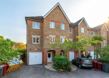 Cintra Close, Reading, Berkshire RG2. 5 bed end terrace house