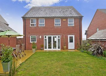 Thumbnail 4 bed detached house for sale in Endal Way, Clanfield, Hampshire