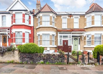 Thumbnail 3 bedroom terraced house to rent in Squires Lane, Finchley, London
