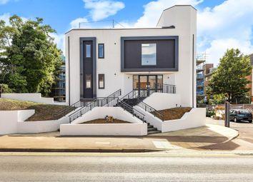Thumbnail 2 bed flat to rent in Walton Square, Aylesbury