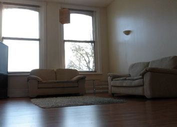 3 bed flat to rent in Carlton Road, Whalley Range, Manchester M16