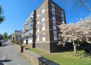 8 St. Annes Road, Eastbourne BN21. 2 bed flat for sale