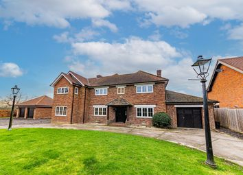 Thumbnail 5 bed detached house for sale in Nelsons Lane, Hurst, Reading