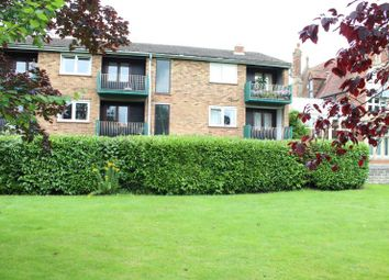 Thumbnail 2 bed flat to rent in Rosen Court, Turners Drive, Thatcham, 4Qf.