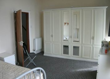 Thumbnail 7 bed property to rent in Chaddesley Terrace, Swansea