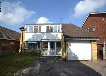 Thumbnail 4 bedroom detached house to rent in Chase Cross Road, Collier Row, Romford
