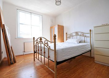 Thumbnail 1 bed flat for sale in Faraday House, Brightling Sea Place, Limehouse
