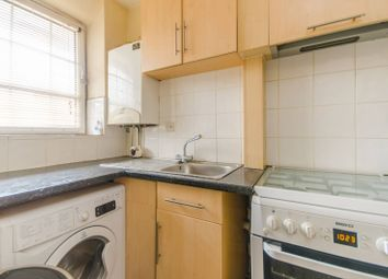Thumbnail 3 bed flat to rent in Welland Street, Greenwich