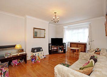 Thumbnail 3 bedroom flat to rent in Mount Avenue, Ealing, London