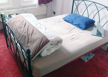 Thumbnail Room to rent in Hewitt Avenue, Wood Green, London