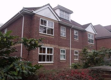 Thumbnail 2 bedroom flat to rent in Richmond Park Road, Bournemouth