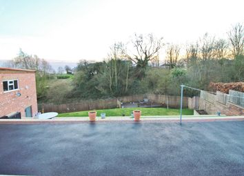Fieldhead Road, Hoyland, Barnsley S74