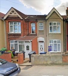 Thumbnail 2 bed terraced house to rent in Beaconsfield Road, Southall