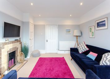 3 bed flat for sale in Flora Gardens, London W6