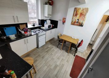4 bed shared accommodation to rent in Holberry Close, Sheffield S10