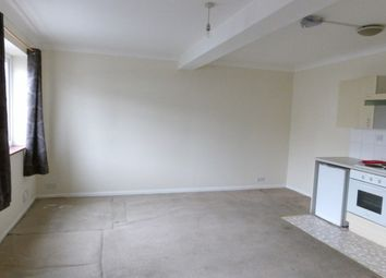 Thumbnail 1 bed flat to rent in Calder Road, Maidstone