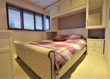 1 bed maisonette for sale in Brimfield Road, Purfleet, Essex RM19
