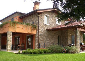 Thumbnail 4 bed villa for sale in Manerba Del Garda, Manerba Del Garda, Brescia, Lombardy, Italy