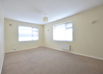 Thumbnail 2 bed flat to rent in Holmesdale Road, South Norwood