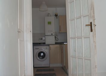 Thumbnail 5 bed shared accommodation to rent in Lakehall Road, Thornton Heath