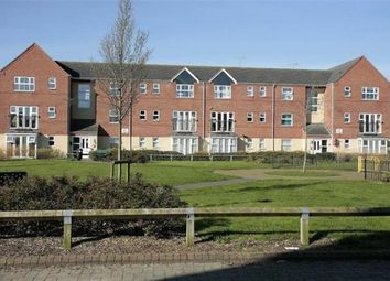 Thumbnail 2 bed flat to rent in Verney Road, Banbury