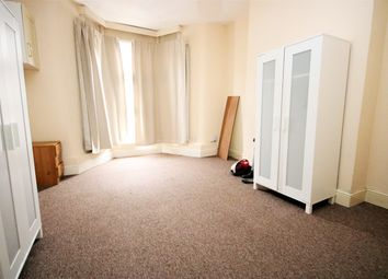 Thumbnail 1 bed flat to rent in Woodstock Road, Finsubry Park