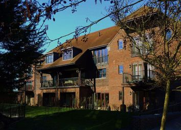 Thumbnail 2 bed flat to rent in Bewicks Reach, Newbury