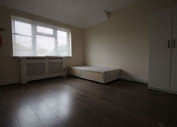 Thumbnail 5 bed shared accommodation to rent in New Broadway, Uxbridge Road, Hillingdon, Uxbridge