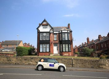 Thumbnail 1 bed flat to rent in Harehills Lane, Leeds, West Yorkshire