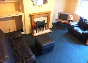 Thumbnail 1 bedroom terraced house to rent in Woodview Place, Leeds