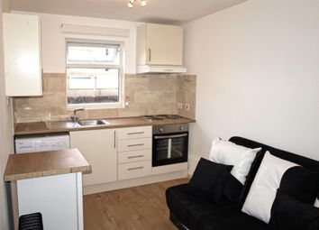 Thumbnail 1 bed flat to rent in Stoke Newington High Street, London, Stoke Newington
