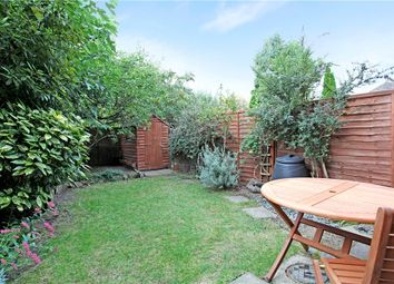 3 bed end terrace house to rent in Rosethorn Close, Balham, London SW12