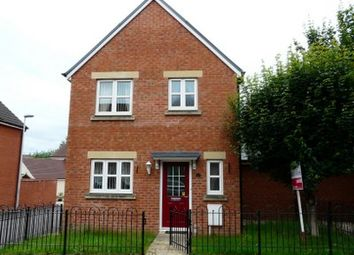 3 bed link-detached house to rent in Swan Avenue, Tiverton EX16