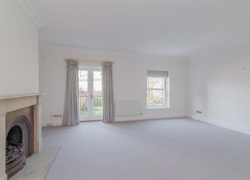 Thumbnail 4 bed town house to rent in Trinity Church Road, London