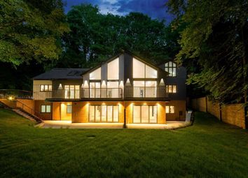 Thumbnail 2 bed flat for sale in Sadler's Lodge, Welwyn, Hertfordshire