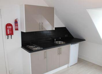 Thumbnail Room to rent in Kenton Road, Harrow, Greater London