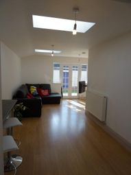 Thumbnail Room to rent in Hewson Road, Lincoln, Lincolnshire