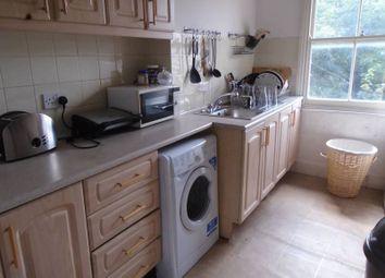 Thumbnail 4 bed flat to rent in Hillmarton Road, Islington