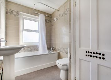 Thumbnail Room to rent in Saxon Drive West Acton, London