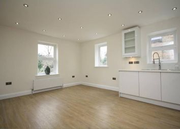 Thumbnail 4 bed flat to rent in Chatsworth Gardens, London