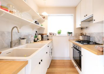 2 bed detached house to rent in Upper East Hayes, Bath BA1