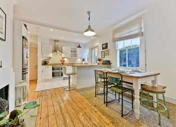Thumbnail 2 bedroom flat for sale in Moring Road, London
