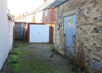 Thumbnail Parking/garage to rent in Newport, Lincoln