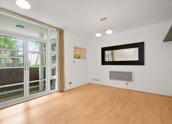 Thumbnail Flat for sale in Rivers House, Aitman Drive, Brentford, Greater London